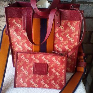 COACH FIELD TOTE WITH VARSITY STRIPE